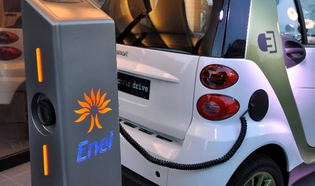Entro il 2019 l'Italia si doterà di una rete di ricarica per auto elettriche. La promessa di Enel 2