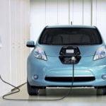 GSE e ricariche auto elettriche in casa: da luglio ok a 6 kW di notte e nei festivi